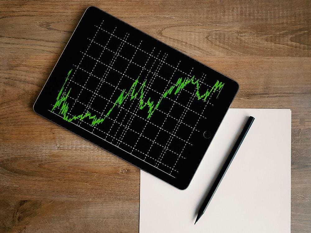 investir en bourse ou en crowfunding pour diversifier ses revenus sur internet